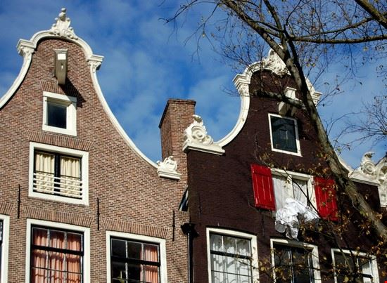 17425 amsterdam amsterdam case
