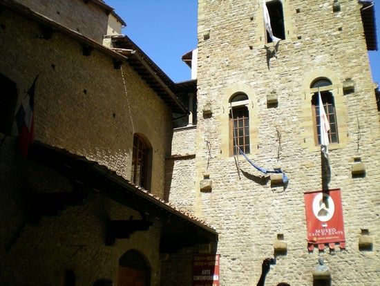 La chiesa di dante e beatrice a firenze for Casa della piastrella firenze