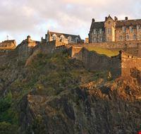 17507 edimburgo castle rock al tramonto