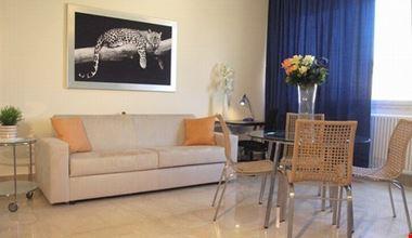 17602_roma_livingroom
