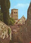 La chiesa di S. Rufino vista da via S. Lorenzo