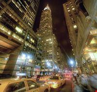 17900 new york vita notturna a broadway