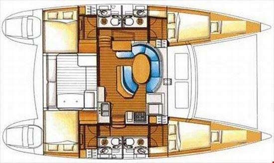 17911 tropea gli interni del catamarano