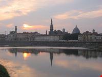 firenze tramonto sul fiume