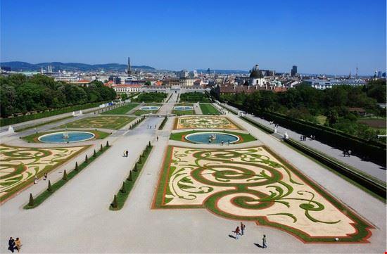 18048 vienna i giardini del belvedere