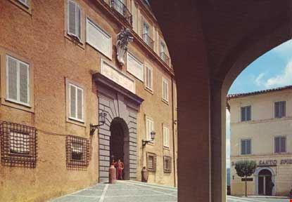 Palazzo Papale e Guardia Svizzera