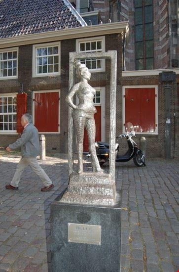 la statua di Belle