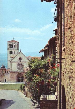 Foto la chiesa superiore di s francesco vista da porta - Porta san giacomo assisi ...