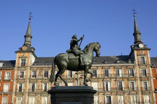 18415 madrid plaza mayor
