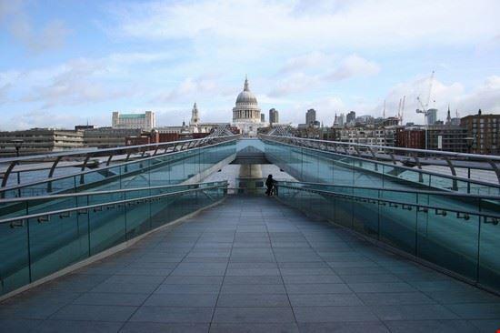 Particolare del Millennium Bridge