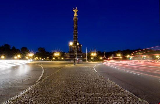 18886 berlino tiergarten di notte