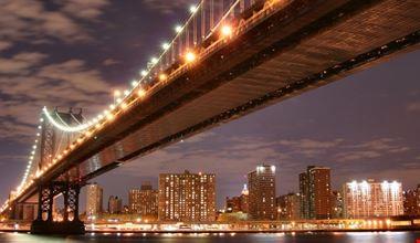 18949_new_york_il_ponte_di_brooklyn_illuminato