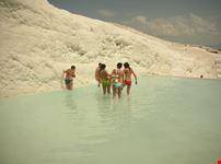Pamukkal piscine di travertino