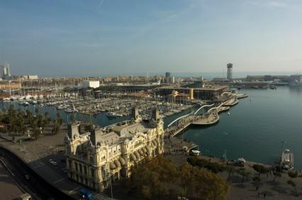 Foto scorcio del porto di barcellona a barcellona for Villaggi vacanze barcellona