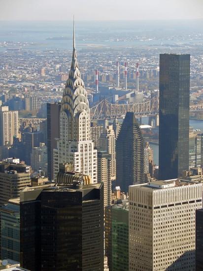 Foto il chrysler building visto dagli altri grattacieli a for Immagini grattacieli di new york