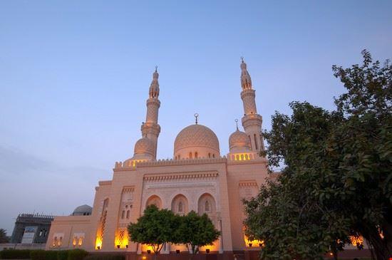 19715 dubai jumeirah mosque
