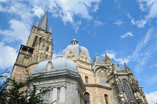 aachen cathedral dom