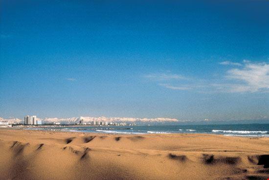 lignano sabbiadoro panoramica sulla spiaggia