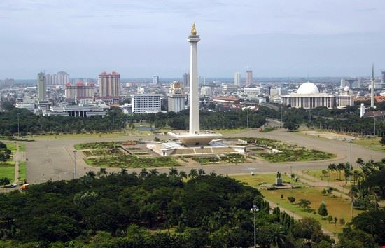 20434 jakarta national monument monas
