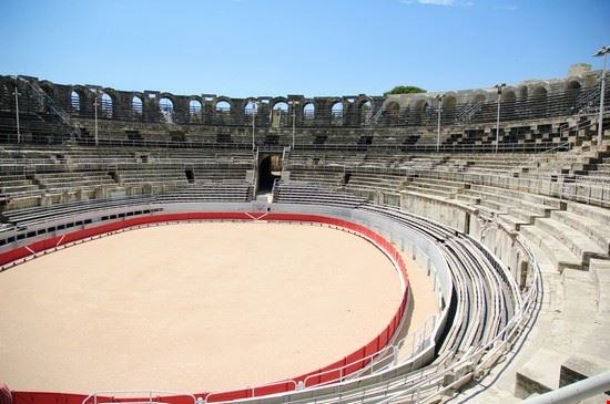 21344 arles amphitheatre les arenes