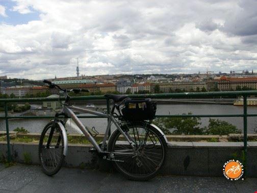 21388 prague prague panoramic bike tour