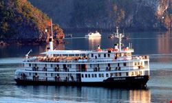 Emeraude Classis Cruise on Halong Bay