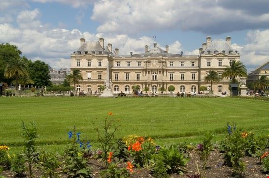 21565 paris luxembourg gardens