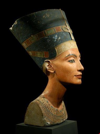 Egyptian Museum, Nefertiti