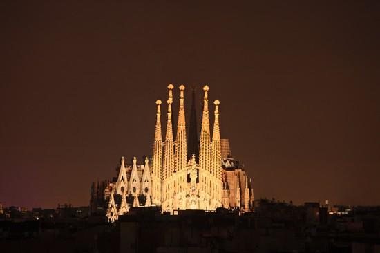 Foto barcelona sagrada familia a barcellona 550x366 for Villaggi vacanze barcellona
