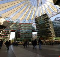 21672 berlin sony center in potsdamer platz