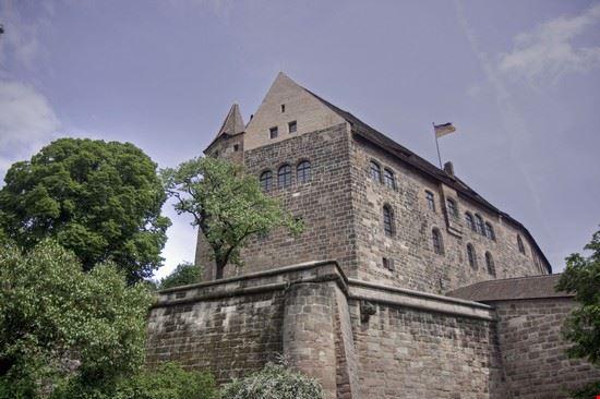 21675 nuremberg kaiserburg castle