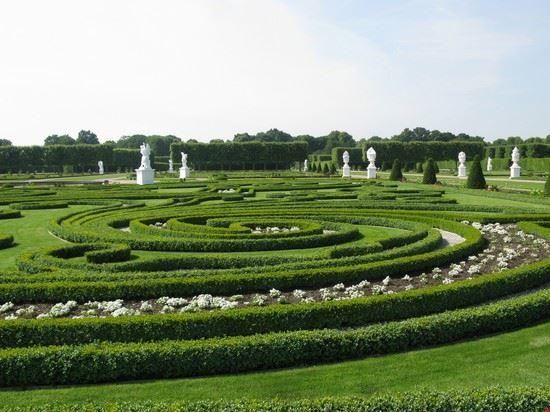 21754 hannover royal gardens of herrenhausen