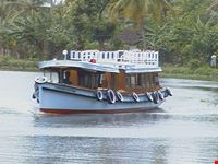 boating kumarakom
