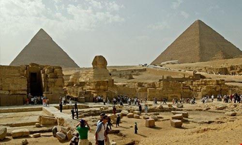 hurghada the pyramids