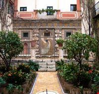 22612 barrio santa cruz seville