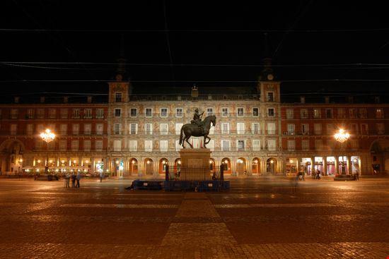 22677 madrid plaza mayor