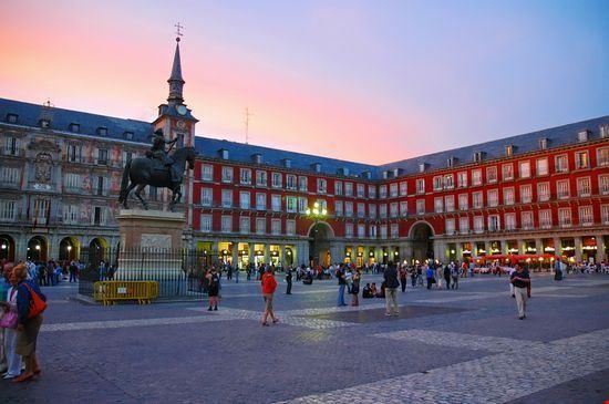 22678 madrid plaza mayor