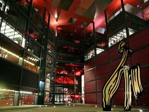 22694 madrid museo reina sofia