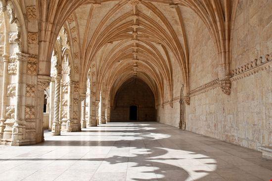 22764 jeronimos monastery lisbon