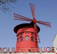 22971 paris moulin rouge