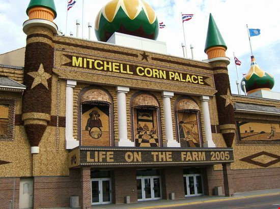 23132 corn palace mitchell