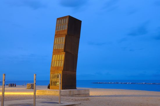 Foto barcelona sehenswertes am strand von barceloneta a for Case vacanze a barceloneta