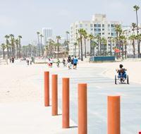 23612 los angeles venice beach boardwalk