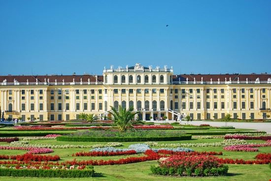 wien austriaguides schloss schoenbrunn und belvedere entdecken
