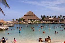 cancun playa de xcaret