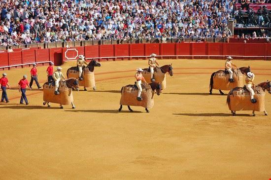 24660 sevilla el ruedo de la plaza de toros de la maestranza