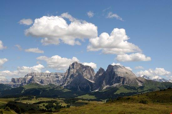 Gruppi Sella, Sasso Lungo e Marmolada dall' Alpe di Siusi