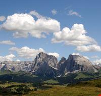 25076 gruppi sella sasso lungo e marmolada dall  alpe di siusi alpe di siusi