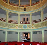 Interno del teatro A. Massari