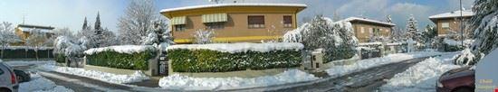 Via A. Moro, nevicata del 2010